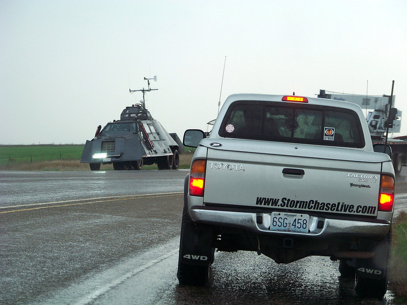 April 22, 2010<br /> <br /> The big day, and with some time to kill we go take a look at TIV2. Chris Rice in front of me.