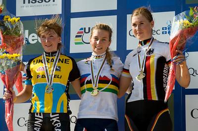 Yana Belomoyna - Ukraine / Pauline Ferrand Prevot - France / Helen Grobert - Germany