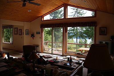 Buck Mountain great room!