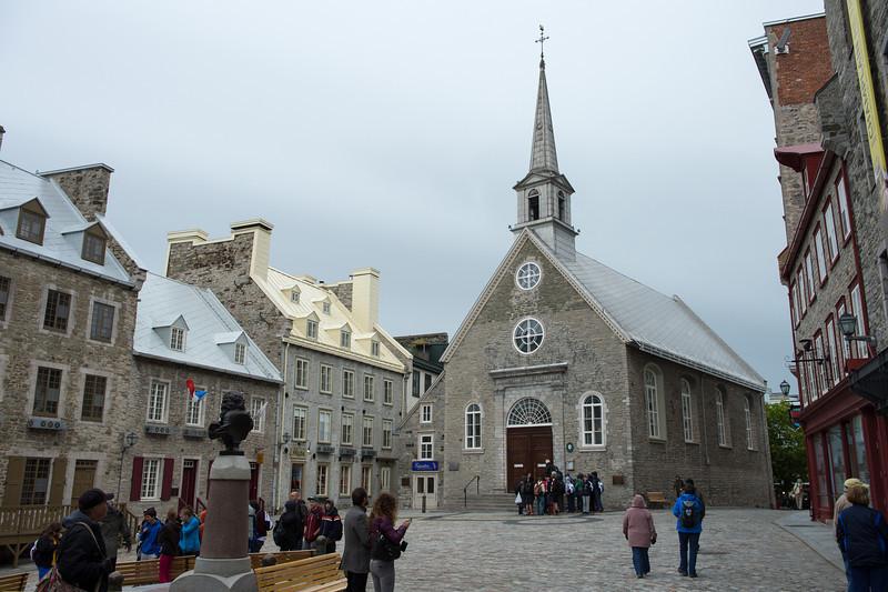 Place Royale - Eglise Notre Dame des Victoires
