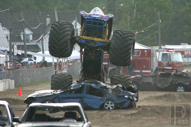 WP BHF Monster Trucks Jethrow Tow 1 090414 JS