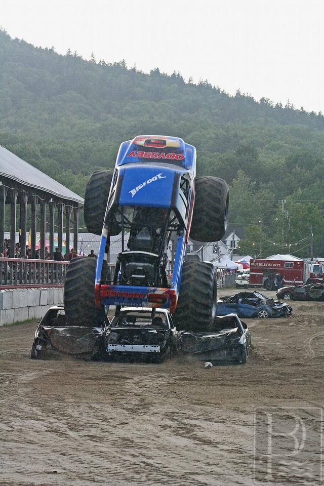 WP BHF Monster Trucks Bigfoot 3 090414 JS