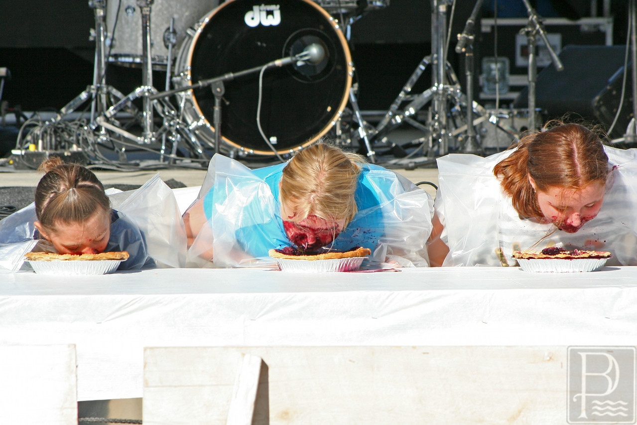 WP BHF Pie Eating Faces 090414 AB