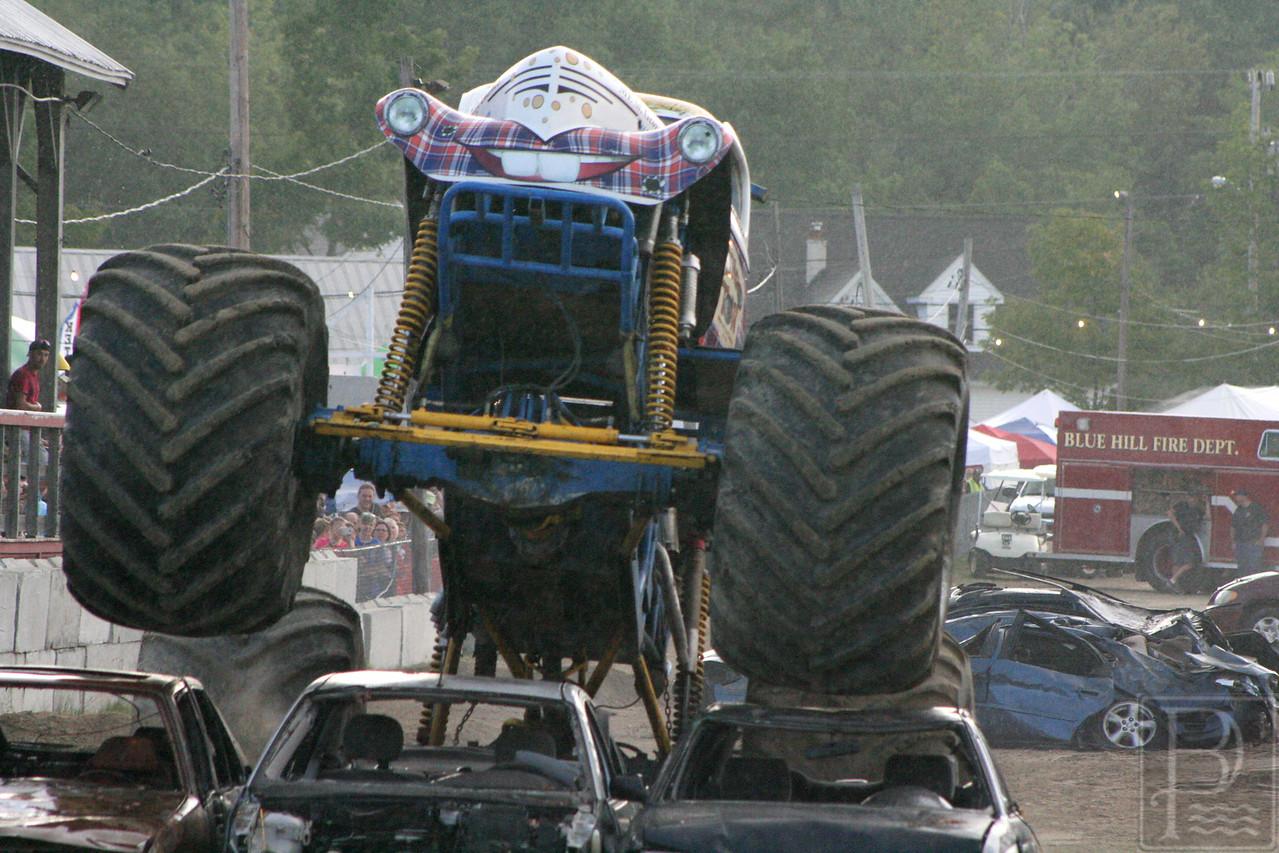 WP BHF Monster Trucks Jethrow Tow 2 090414 JS