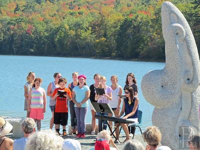 WP SurrySculpture Choir3 100214 TS