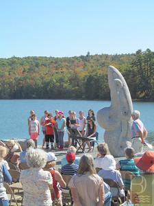 WP SurrySculpture Choir2 100214 TS