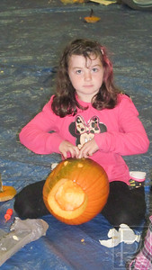 IA ICC pumpkin carving Megan Wendell 102314 JB