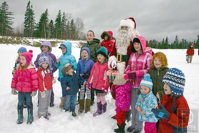 CP flying santa children 120414 AB