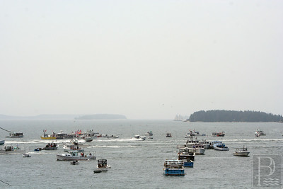 IA Ston lobster Boat Races Harbor racers UFO 071714 AB