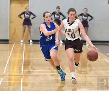 Sports GSA girls v DIS Dec. 23 Alice Dillon 3608 010115 FB