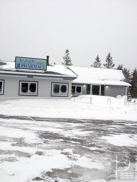 IA Blizzard Seaside Pharmacy 012915 LR