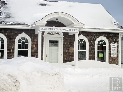 IA Deer Isle Snow Chase Emerson Library 1 012915 JS