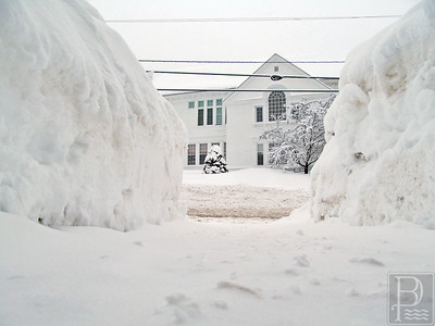 WP Snow Pics Town Hall 1 021215 TS