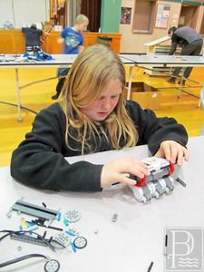 WP Sedgwick LEGOS Lily Allen 0219115 TS