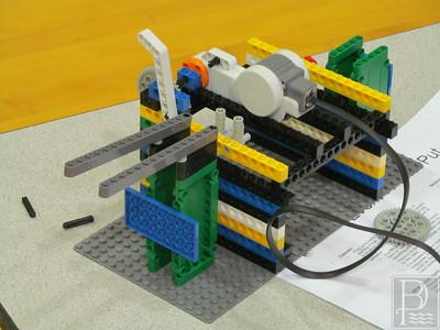 WP Sedgwick LEGOS Robot 0219115 TS