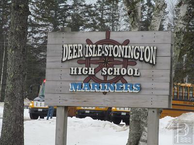 IA-FILE-Deer-Isle-Stonington-School-High-Sign-1-032615-TS