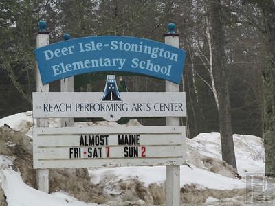 IA-FILE-Deer-Isle-Stonington-School-Elem-Sign-4-032615-TS