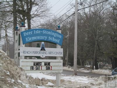 IA-FILE-Deer-Isle-Stonington-School-Elem-Sign-2-032615-TS