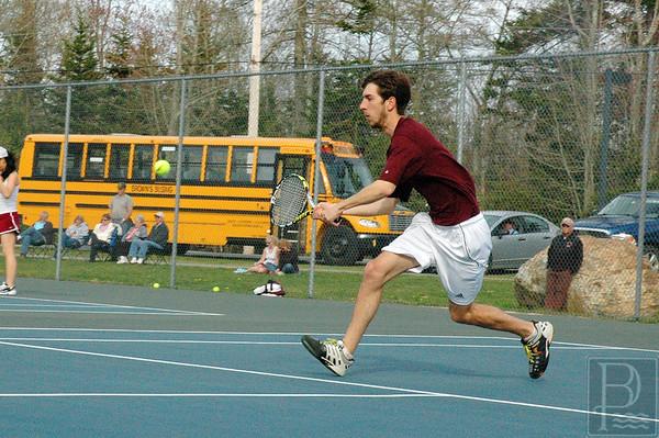 Sports-GSA-tennis-v-DIS-Luke-Theoharidis-052115-JS.jpg
