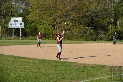 Limeburner catches a fly ball