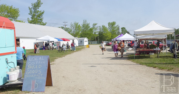 WP-BH-Farmers-Market-Wide-View-060415-FD
