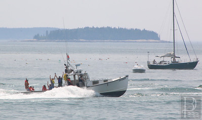 IA-stonington-lobster-boat-races-hypocrite-local-071615-AB