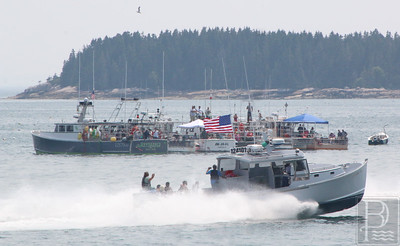 IA-stonington-lobster-boat-races-Diesel-free-for-all-071615-AB
