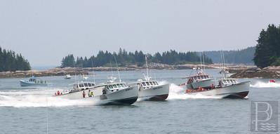 IA-stonington-lobster-boat-races--big-boats-local-071615-AB