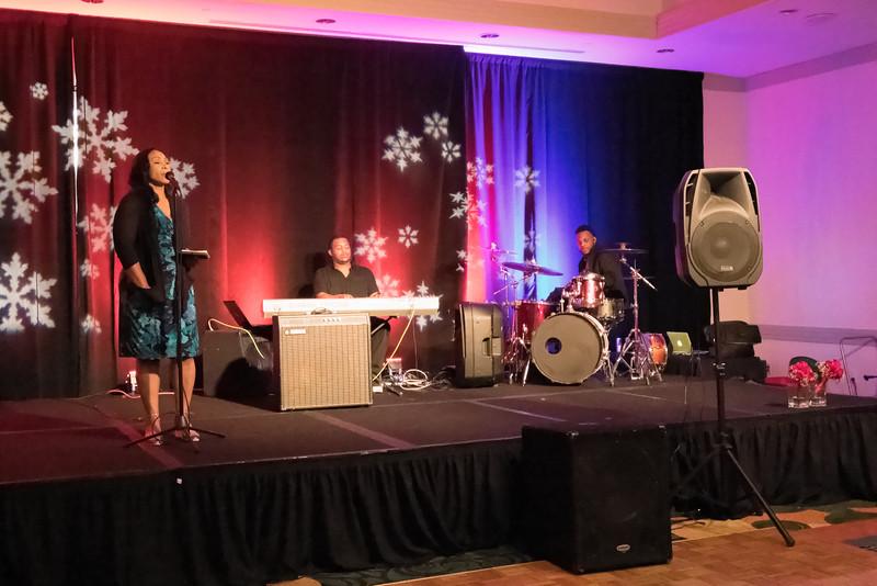 2015_Annual_Christmas_Gala_IMG_0042_RRPhotos