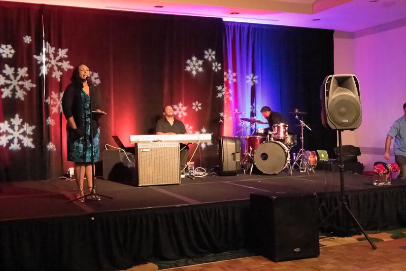 2015_Annual_Christmas_Gala_IMG_0041_RRPhotos