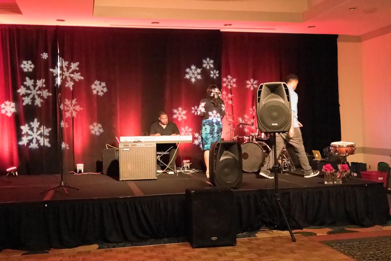 2015_Annual_Christmas_Gala_IMG_0027_RRPhotos