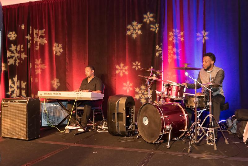 2015_Annual_Christmas_Gala_IMG_0049_RRPhotos