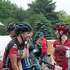 Juniors Expert Women  at the finish line