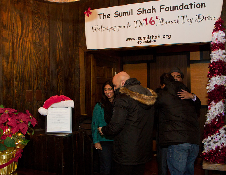 2016 12 Sumil Shaw Foundation Drive_10