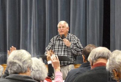 wp-brooklin-town-meeting-george-eaton-1-040716-ts