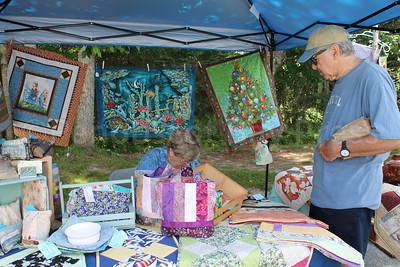 WP-Blueberry-Fest-Quilts-081116-CT