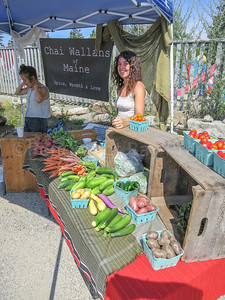 IA-Farmers-Market-veggies-081816-MR