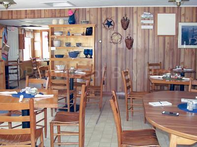 IA-Susan-Scott-retiring-original-dining-room-080416-ML