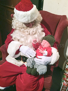 IA-Ston-Holiday-Events-ICC-Baby2-121516-LR