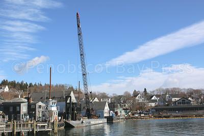 IA-barge-construction-barge-121516-AB