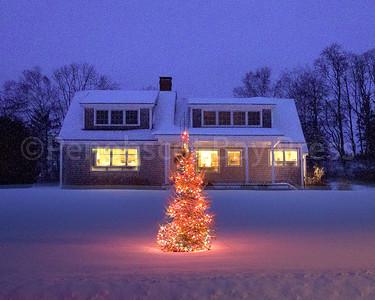 CP-holiday-lights-Court-2-122216-RW