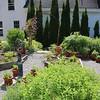 CP-HG-Tour-Hunnewell-Howe-House-garden-wide-shot-072116-ML