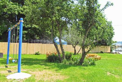IA-New-park-pics-swings-and-trees-072816-ML