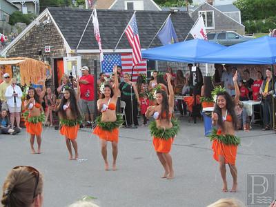 1-IA-July4-Hula-Dancers-04-070716-JS