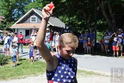 WP-harborside-July4-balloon-boy-070716-AB