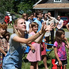 WP-harborside-July4-balloon-toss-two-070716-AB