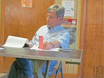IA-DI-special-town-meeting-Jeremy-Stewart-062316-ML