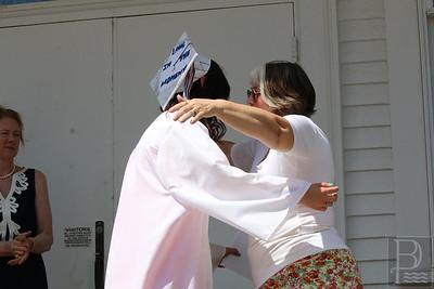 WP-gsa-grad-hugs-062316-AB