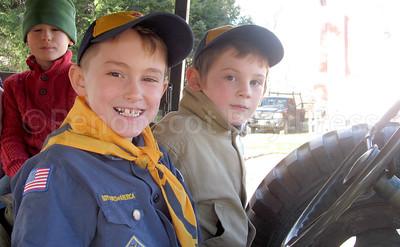 WP-Vet-day-parade-kids-111716-AB