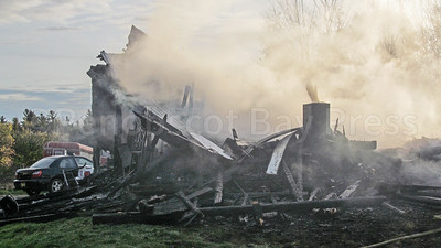 WP-Ken-Rose-Farm-fire-destroyed-110316-AB